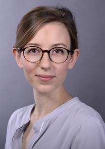 <b>Hannah Herzig</b>